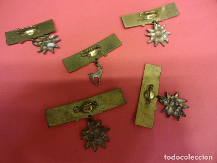 Pins de colección: Lote de insignias motivos NIEVE. Originales años 1960s - Foto 2 - 139601878