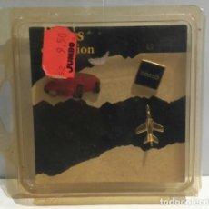 Pins de colección: LOTE 3 PINS SERIE LIMITADA ORÍGEN DE SUIZA CON SU PRECIO EN FRANCOS SUIZOS. PRECINTADO. AÑOS 90.. Lote 139726050