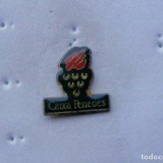 Pins de colección: PIN, CAIXA PENEDES. Lote 140089606