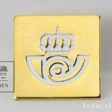 Pins de colección: PIN ORIGINAL DE METAL - LOGOTIPO CORREOS / FONDO DORADO - MEDIDAS 1,5 X 1,5 CM. Lote 143667164