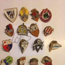 Pins de colección: LOTE PINS FÚTBOL. LA PALMA, BARREDA, ASTILLERO, CAMBADOS, ETC. Lote 140520122