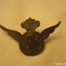 Pins de colección: PIN ÁGUILA ALAS ABIERTAS Y CORONA. Lote 140522494