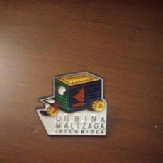 Pins de colección: PIN. URBINA MALTZAGA.. Lote 143653438