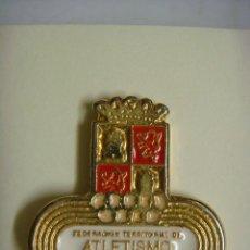 Pins de colección: PINS FEDERACION TERRITORIALDE ATLETISMO DE CASTILLA Y LEON.. Lote 143840954