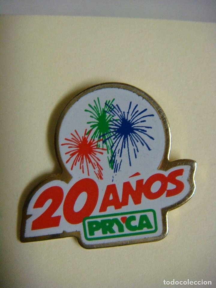 PINS 20 AÑOS PRYCA. (Coleccionismo - Pins)