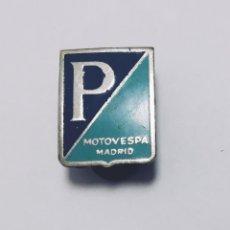Pins de colección: ANTIGUA INSIGNIA PIN OJAL MOTO VESPA. Lote 144281494