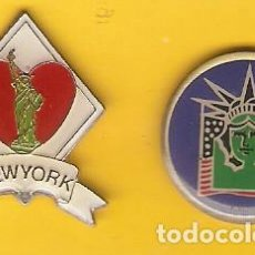 Pins de colección: 2 PIN / PINS - NEW YORK - ESTATUA DE LA LIBERTAD. Lote 145034794