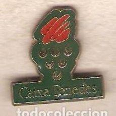Pins de colección: 1 PIN / PINS - BANCOS/CAJAS DE AHORROS - CAIXA PENEDES. Lote 145233258