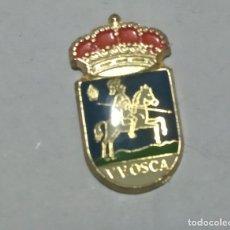Pins de colección: PIN ESCUDO HERÁLDICO HUESCA. Lote 145761130