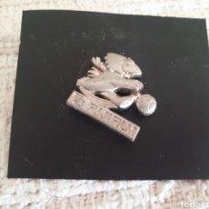 Pins de colección: PIN FUJIFILM MASCOTA FRANCIA MUNDIAL FUTBOL. Lote 146273050