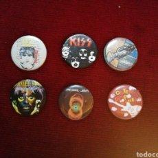 Pins de colección: LOTE DE 6 PINS DE GRUPOS MUSICALES AÑOS 80. Lote 146483088