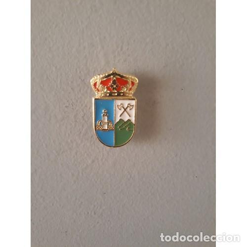 PIN ESCUDO MARJALIZA (TOLEDO) (Coleccionismo - Pins)