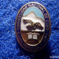 Pins de colección: INSIGNIA DE IMPERDIBLE - UNIVERSIDAD NACIONAL DE CUYO - S. LUIS, MENDOZA, S. JUAN - UNCUYO. Lote 147950110