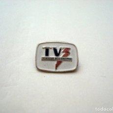 Pins de colección: PIN INSIGNIA LOGO TELEVISIO DE CATALUNYA TV3. AGUJA ANTIGUA, IMPERDIBLE.. Lote 146419870