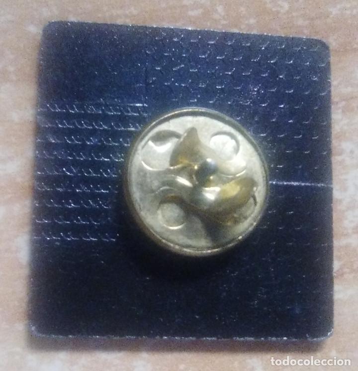 Pins de colección: pins sobre la paz en el mundo - Foto 2 - 147996362