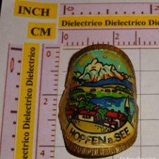 Pin's de collection: BONITA INSIGNIA CHAPA METÁLICA DE TURISMO. HOPFEN AM SEE, ALEMANIA. Lote 148100298