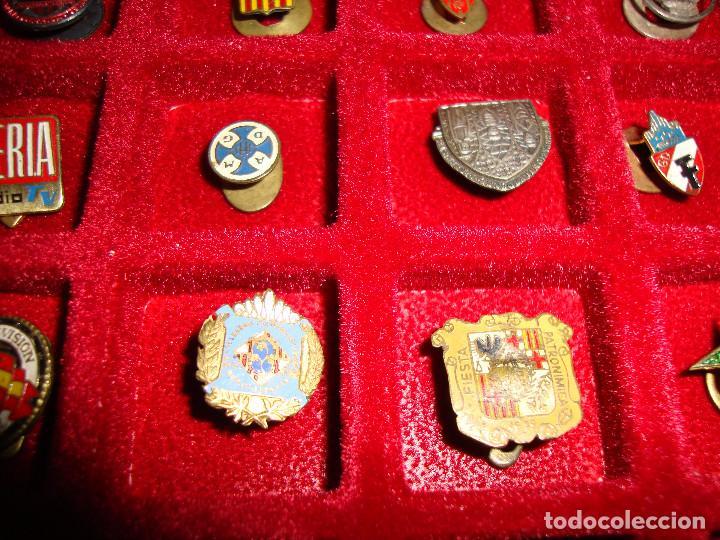 Pins de colección: (TC-170) ANTIGUA COLECCION DE INSIGNIAS PIN SOLAPA 84 UNIDADES TEMATICA MUY INTERESANTE VER FOTOS - Foto 13 - 148504070