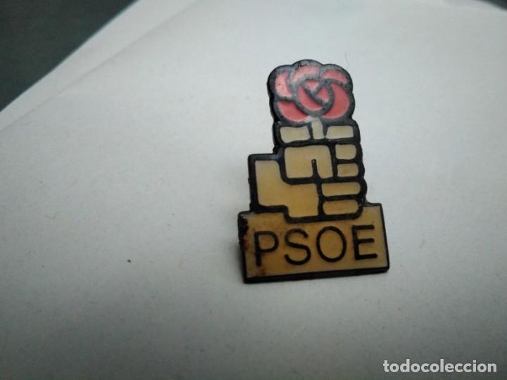 PIN PSOE (PARTIDOS POLÍTICOS) (Coleccionismo - Pins)