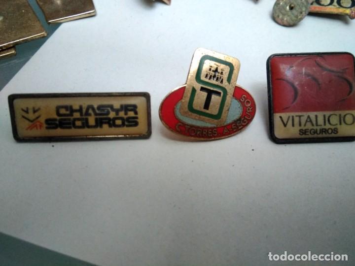 3 PINS COMPAÑÍAS DE SEGUROS (Coleccionismo - Pins)