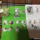 Pins de colección: SÚPER -LOTE 42 INSIGNIAS ANTIGUAS AÑOS 50/60 Y PINS DIFÍCILES ( VER FOTOS ). Lote 148972654