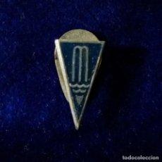 Pins de colección: ANTIGUA INSIGNIA PIN DE OJAL O SOLAPA CLUB NATACION MANRESA - BARCELONA -. Lote 149657098