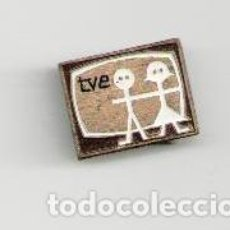Pins de colección: ANTIGUO IMPERDIBLE TVE. Lote 150713637