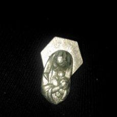 Pins de colección: LLAVERO VIRGEN MARIA NIÑO JESUS. Lote 150848300