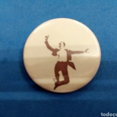 Pins de colección: PIN FRED ASTAIRE , AÑOS 1970. Lote 151486934