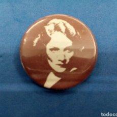 Pins de colección: PIN MARLENE DIETRICH , AÑOS 1970. Lote 151488130