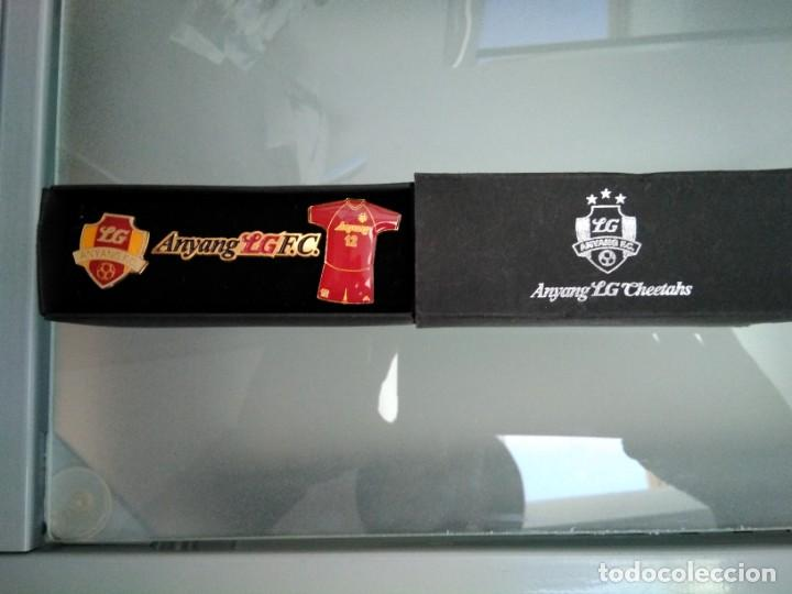 Pins de colección: 3 pins futbol club Anyang LG Cheetahs, de Seul, Corea - Foto 2 - 152413006