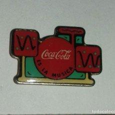 Pins de colección: PIN COCA COLA ES LA MÚSICA . Lote 152591682
