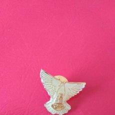 Pins de colección: PIN DE VIRGEN Y PALOMA BLANCA. Lote 153240210