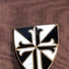 Sammlung von Pins - PIN DOMINICO METAL ESMALTE ESCUDO CRUZ 18X15MM - 165420622