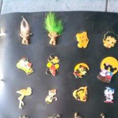 Pins de colección: PINS, LOTE EN ALBÚM. Lote 154388410