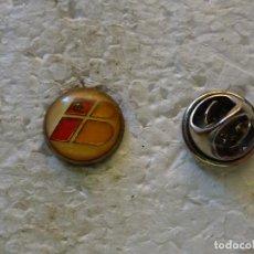 Pin's de collection: PIN DE AVIONES AEROLÍNEAS. LOGO DE IBERIA. Lote 155272142