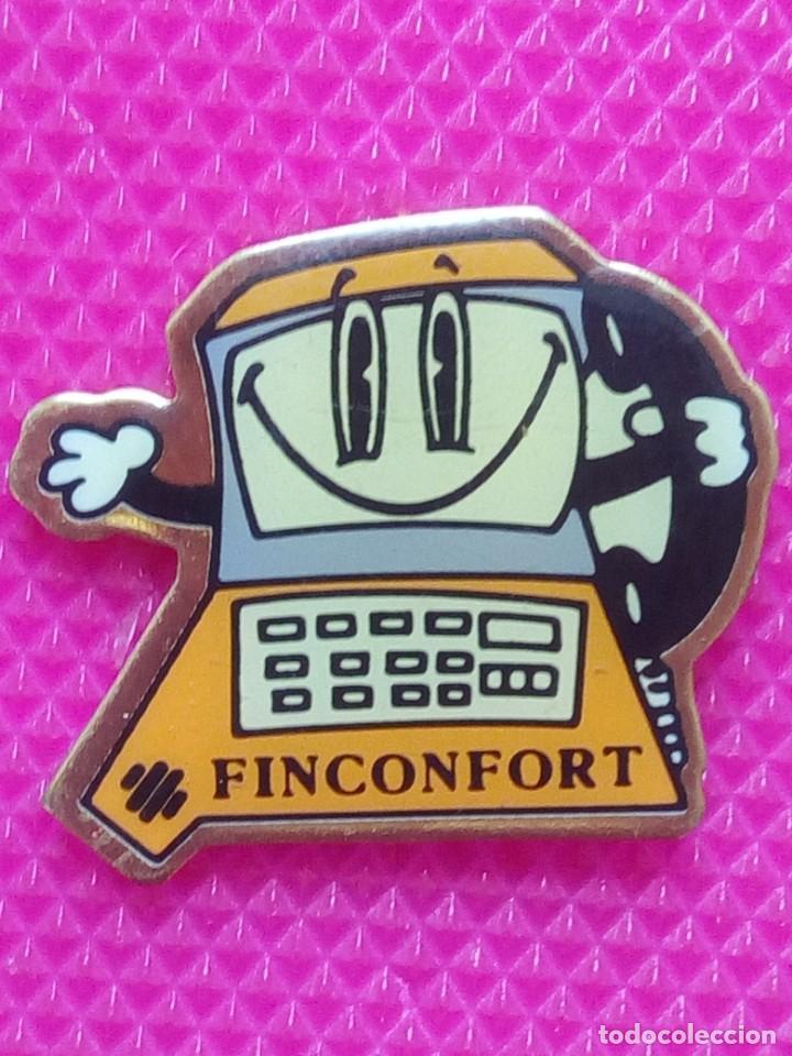 PIN PUBLICITARIO FINCONFORT TELEFONO (Coleccionismo - Pins)