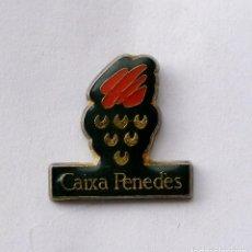 Pins de colección: PIN CAIXA PENEDES. Lote 156624978