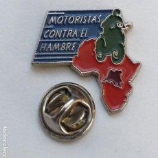 Pins de colección: PIN - MOTOS - MOTORISTAS CONTRA EL HAMBRE - ONG. Lote 156997466