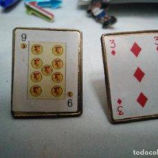 Pins de colección: 2 PINS CARTAS AMERICANAS (BARAJA DE CARTAS). Lote 157948934