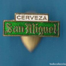 Pins de colección: INSIGNIA PARA OJAL O SOLAPA, CERVEZA SAN MIGUEL.. Lote 158225638