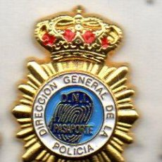 Pin's de collection: PIN-PASAPORTES Y D.N.I.-POLICIA. Lote 158256430