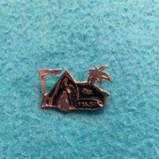 Pins de colección: PIN DISCOTECA MASIA. Lote 158774332