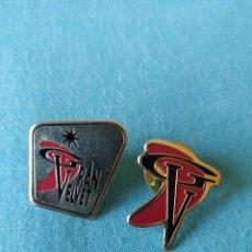 Pins de colección: LOTE 2 PIN DISCOTECA DISCO GRAN VELVET ( BADALONA). Lote 159722746