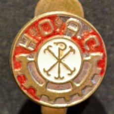 Pins de colección: PIN INSIGNIA DE SOLAPA HOAC HERMANDAD OBRERA DE ACCIÓN CATÓLICA. Lote 160654218