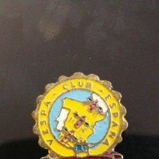 Pins de colección: INSIGNIA DE SOLAPA VESPA CLUB ESPAÑA MADRID. Lote 160801342