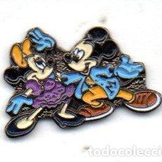 Pins de colección: PIN-TEMA MICKEY MOUSE. Lote 163592418