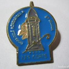 Pins de colección: OBRA DELS HOMENATGES A LA VELLESA LES CORTS. Lote 164700702