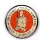 Pins de colección: PEÑA AEROMODELIMO RADIO CONTROL-BURGOS. Lote 164982182