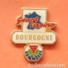 Pins de colección: PIN GEANT CASINO. Lote 166475298