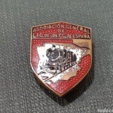 Pins de colección: INSIGNIA ASOCIACION GENERAL DE E Y O DE LOS F.C. DE ESPAÑA . EGAÑA, MOTRICO. Lote 166602012